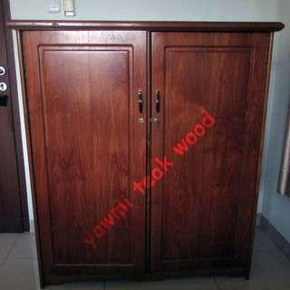 Lemari pakaian 2 pintu - kayu jati madiun