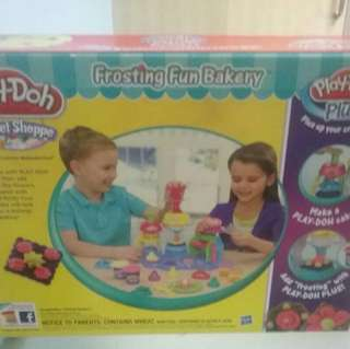 New Fun Bakery Play Doh - Build creativity