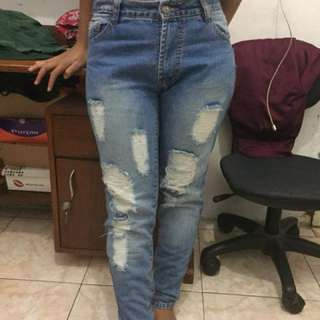Ripped Jeans size 28
