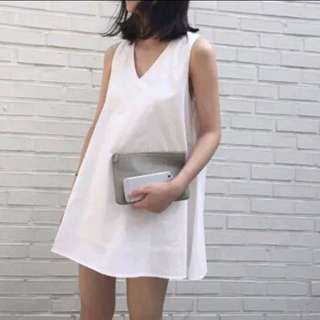 [PO] #435 basic v neck white dress 🌼