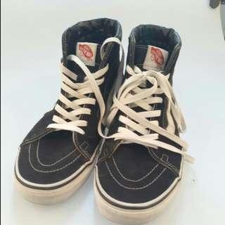 Sepatu Vans SK8