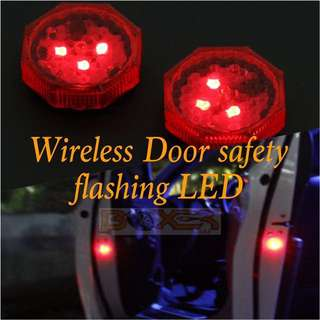 Door safety warning flash LED