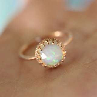 Beautiful White FIRE OPAL in Yellow Gold Ring