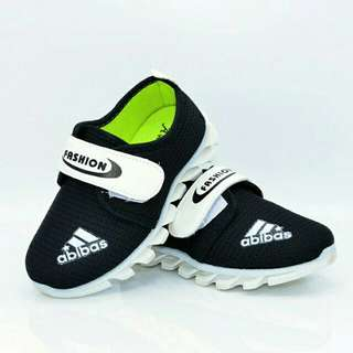 Abibas canvas shoes