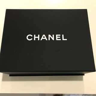 Chanel Magnetic box