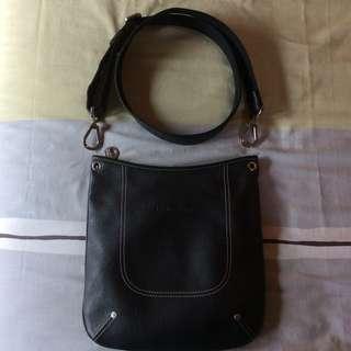 Preowned Longchamp Unisex 4x4 Leather Flat Crossbody Messenger Sling Bag