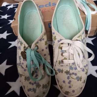 Pre-loved authentic keds sneakers