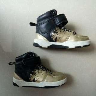 Sepatu HnM baby original