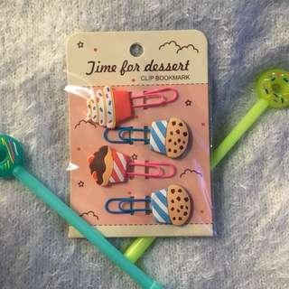 Set of 4 cupcake bookmarks