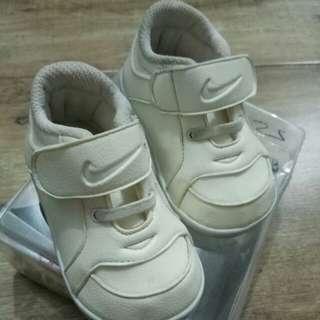 sepatu anak / sepatu baby