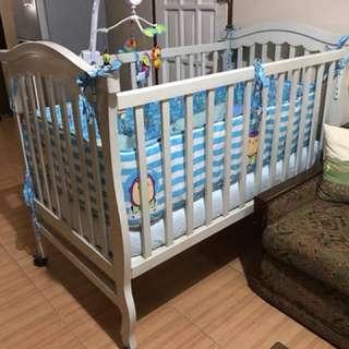 Dream Baby Crib with Uratex Mattress