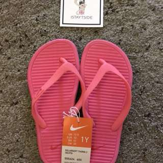 Nike Girls Slippers Size 1Y