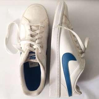 White Nike Shoes