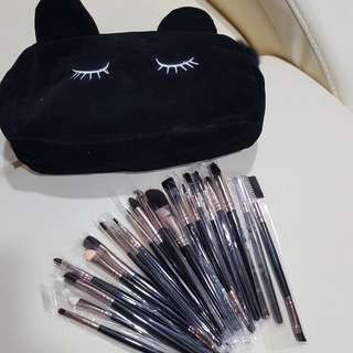 Makeup Brushes + Cute Cat Pouch
