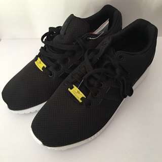 BRAND NEW ADIDAS ZX FLUX Sneakers