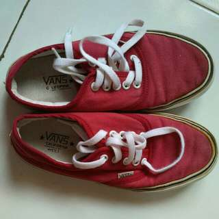 Sepatu Sneaker Unisex Vans