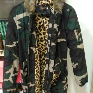 軍裝豹紋大衣