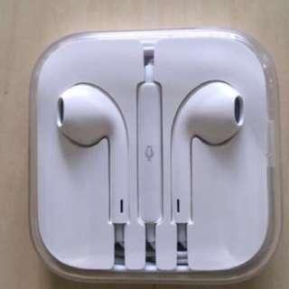 ORIGINAL APPLE EarPod - NEW Excellent for XMAS Gift