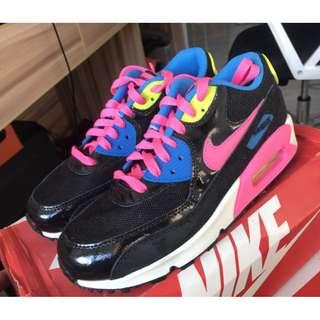 Nike air max 90 GS女子運動氣墊跑步鞋黑彩虹724855-004現貨