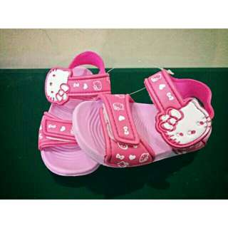 *FREE DELIVERY to WM only / Ready stock*   Kids shoes each pr as shown design/color pink 16cm, red 15-16.5.    Free delivery is applied for this item.