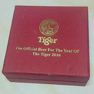 TIGER BEER ZODIAC YEAR OF TIGER 2010 GOLD COIN LIMITED