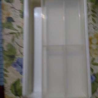 白色文具雙層分格盒