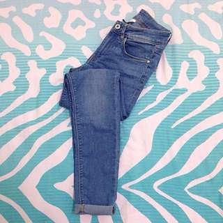 H&M DIVIDED HIGH WAIST JEANS