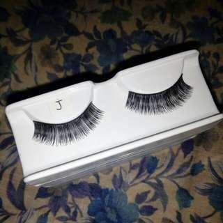 Bulu Mata Palsu - Eyelashes Kode J
