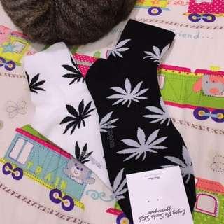 🌟滿版大麻葉襪🌟
