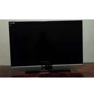 Samsung 40 LCD TV and Samsung Blue-ray disc dvd player