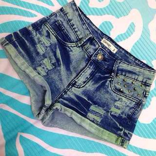 Studded high waisted short