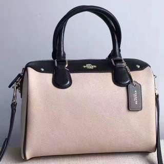Authentic Coach Handbag Shoulder Bag Messenger