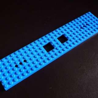 全新 LEGO 藍色 6x28 火車/卡車/連結車 底板 底盤 Train Base 92339