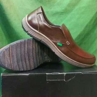 Shoes cansual chocolate