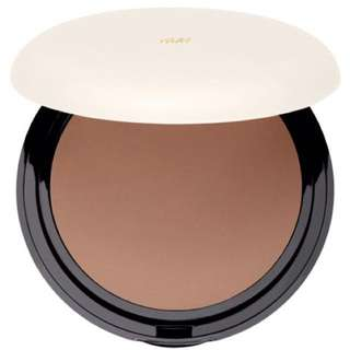 H&M Immaculate Compact Foundation (Ebony) Makeup Sponge Incuded (pressed powder, cream-to-powder, velvet finish)