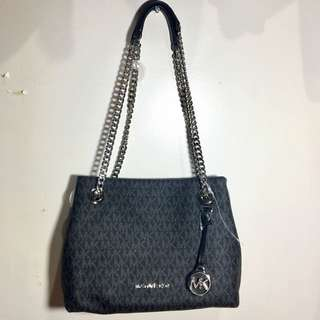 Michael Kors Jet Set Chain Messenger Bag - Black