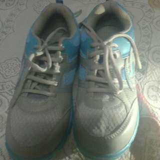 Jual sepatu ProAtt