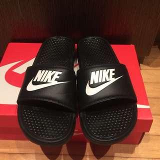 Nike 基本款Logo拖鞋
