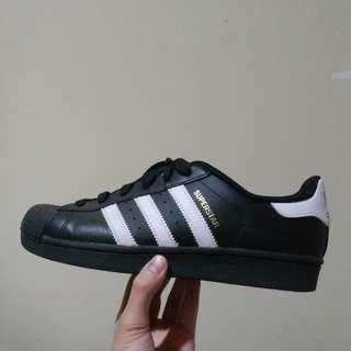 Original Adidas superstar foundation black white