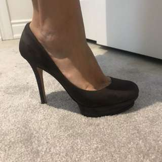 Bcbg heels size 9.5