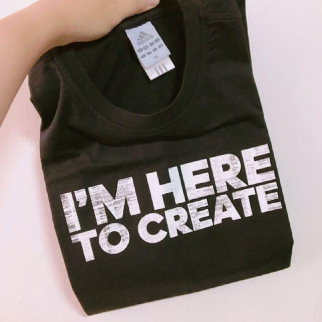 Adidas 紀念t恤