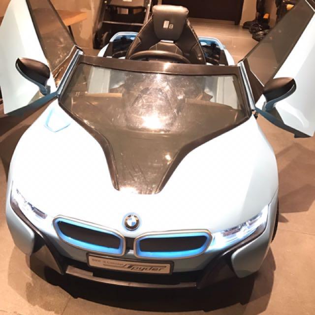 電動汽車BMW i8降價3500自取
