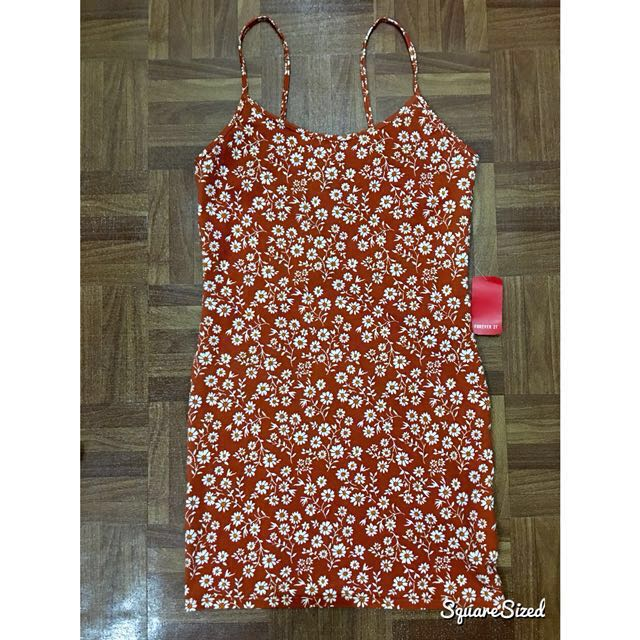 BNWT FOREVER 21 Floral Bodycon Dress