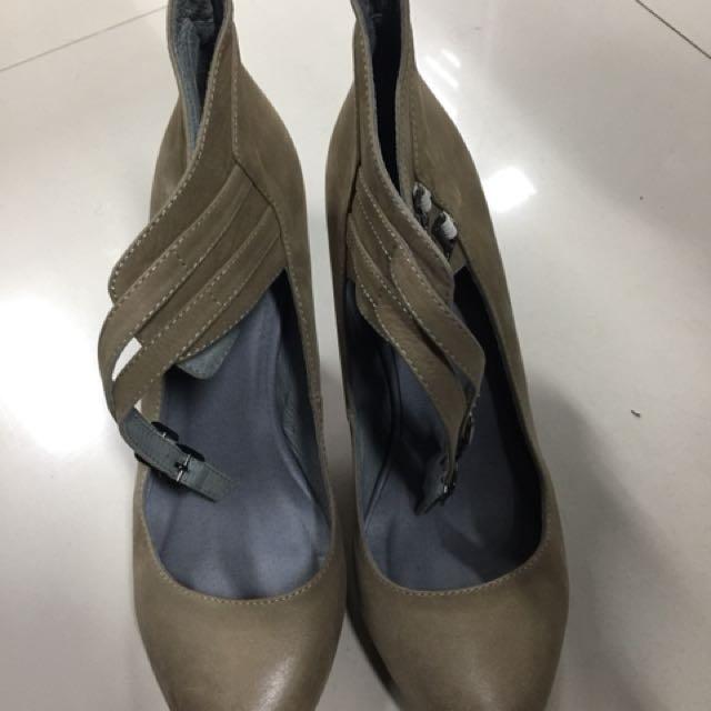 Boho shoes heels
