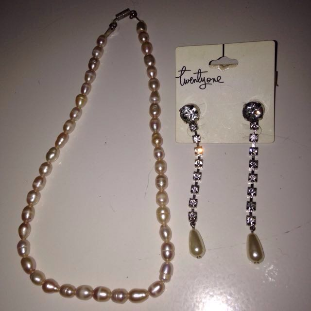 brand new pearl earrings & preloved necklaces