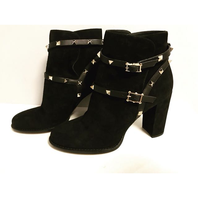 BRAND NEW Valentino Suede Rockstud Boots