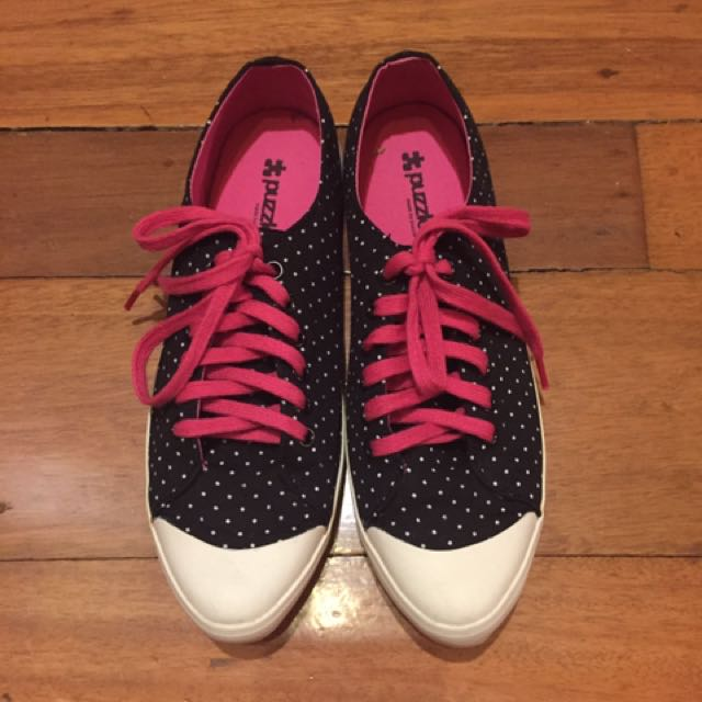 Comfy Sneakers with polkadots