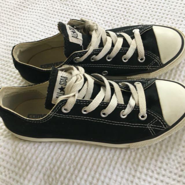 Converse low black