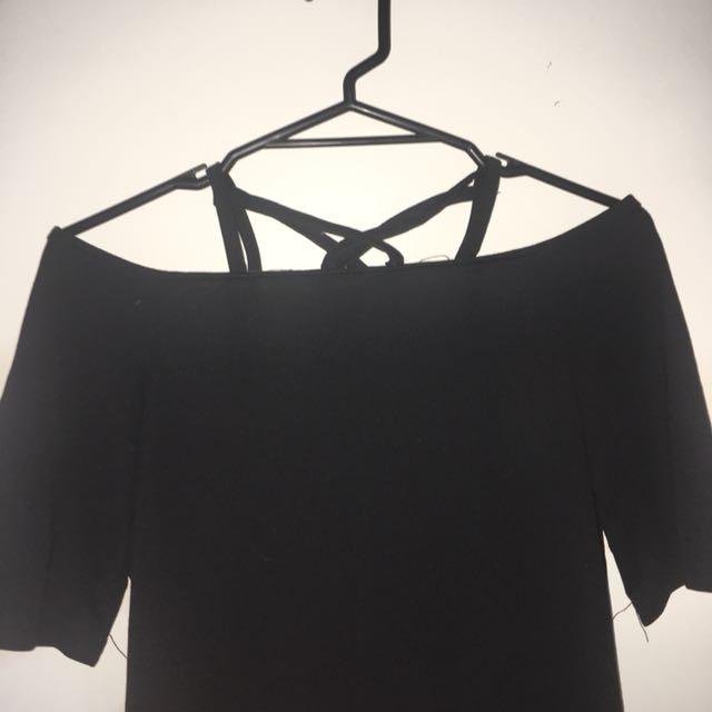 Cute black top