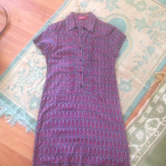 Dress graphis size s